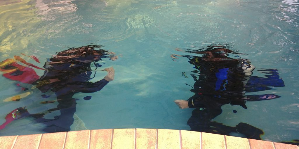 open water SCUBA course confined pool session